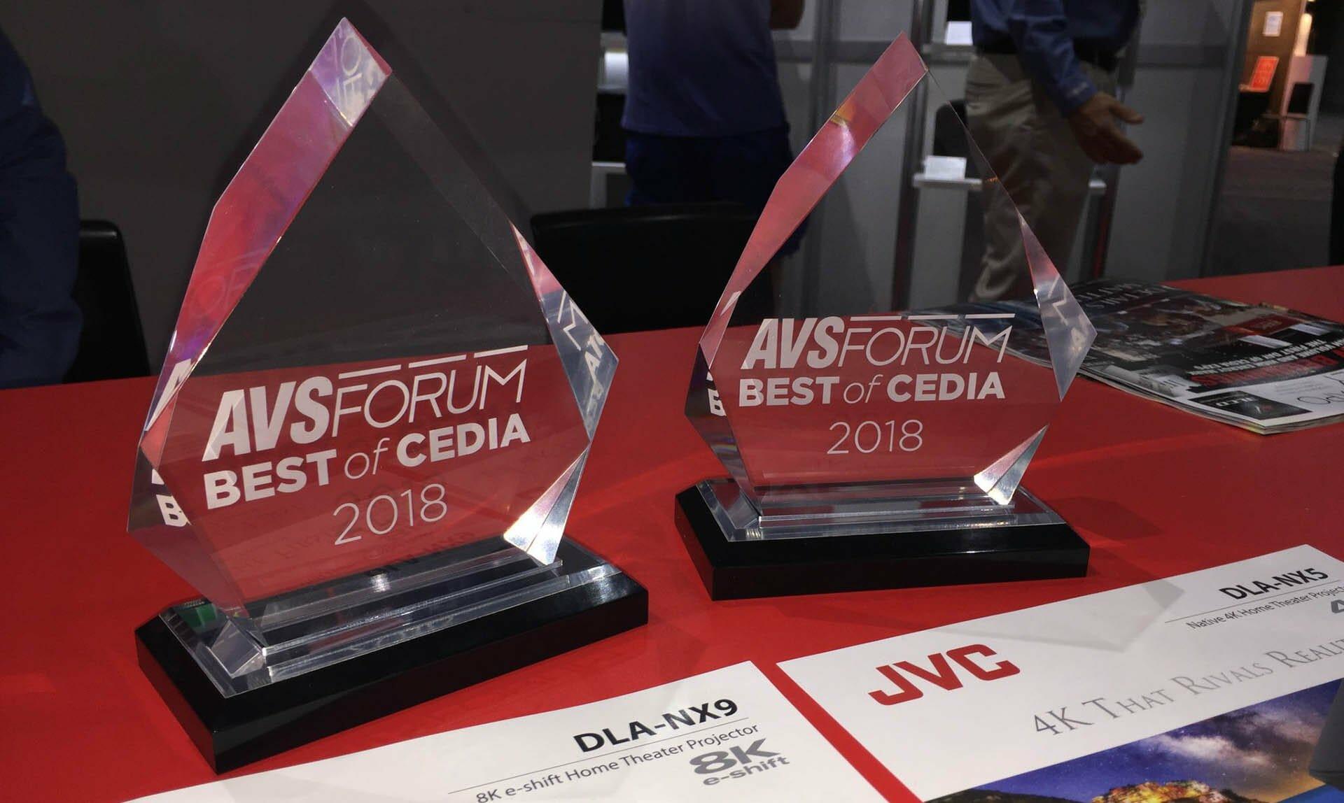 Nagroda JVC DLA-RS2000