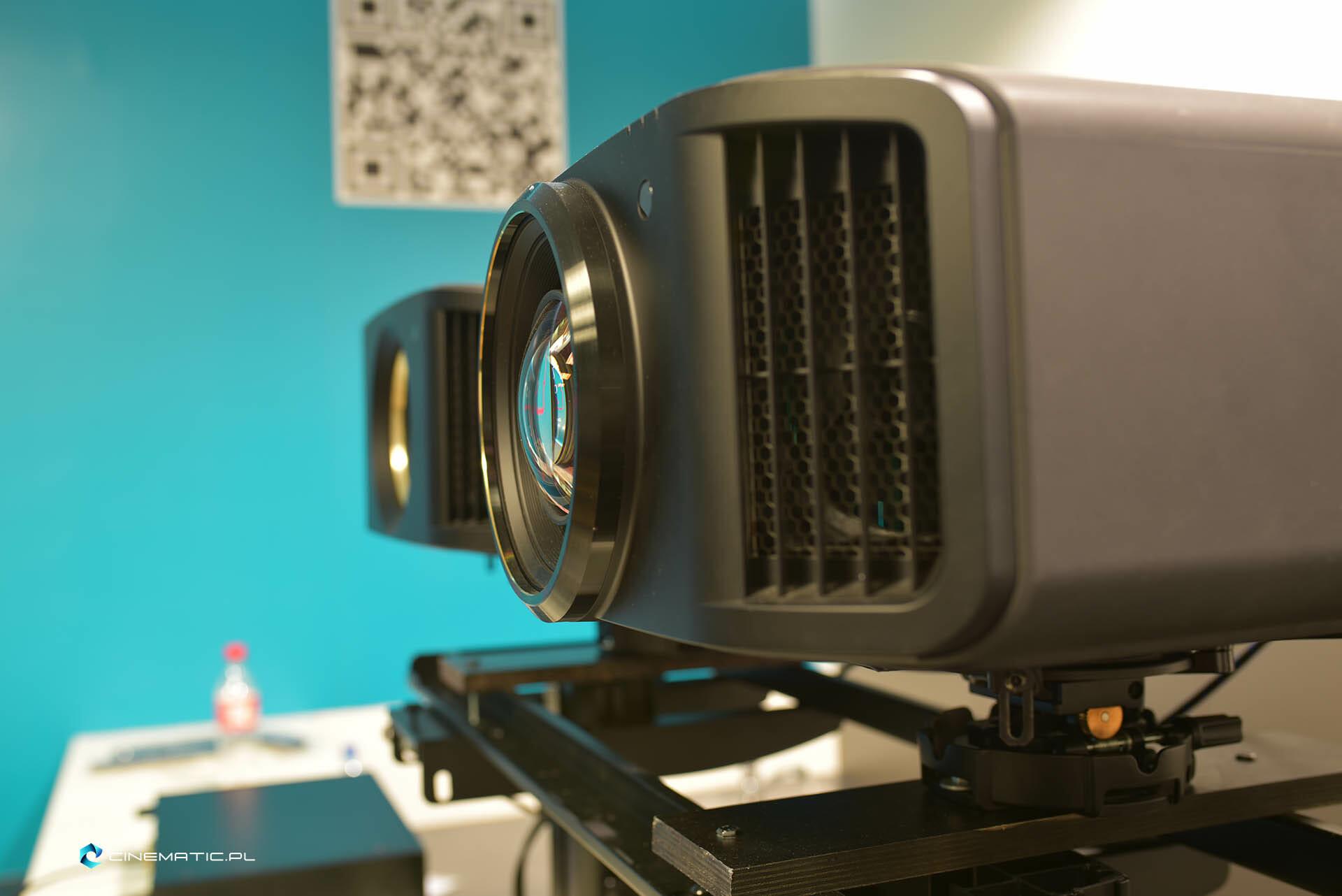 projektory kinowe highend